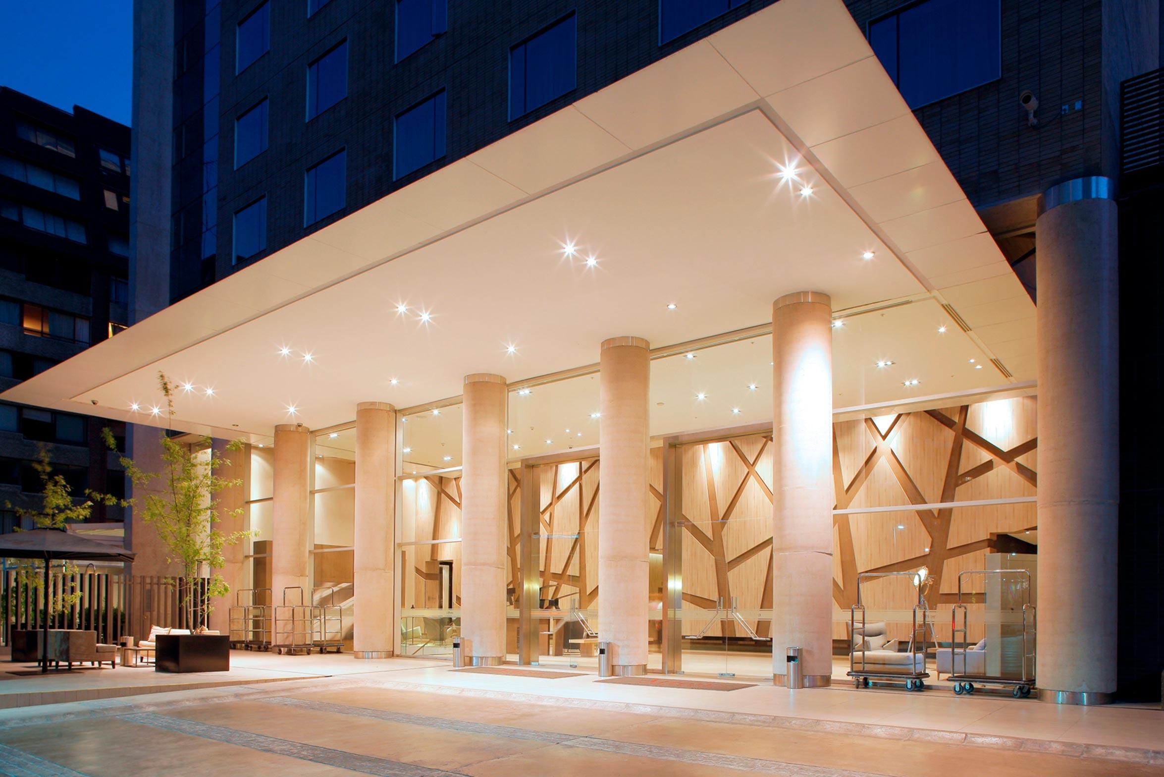 Fachada Hotel Pullman Vitacura
